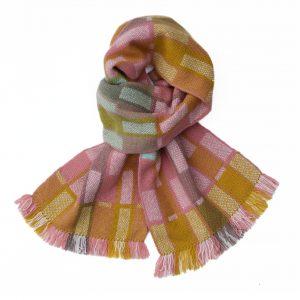 1712 pix sq. ref.002 pink yellow fen mint