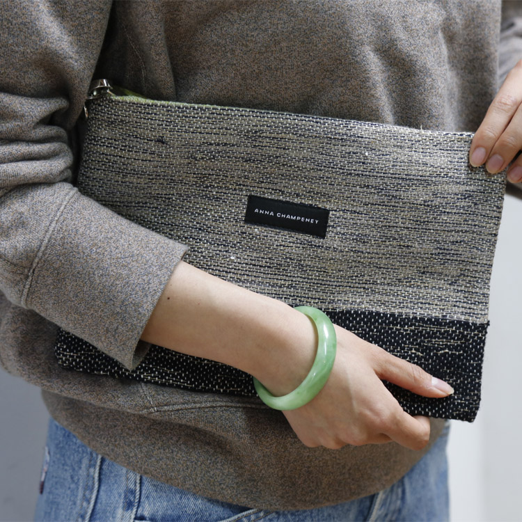 El nuevo bolso Clutch de Anna Champeney.  Tejido para ti en España.